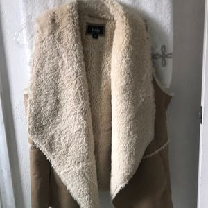 Faux suede and fur vest size XL worn 2 times